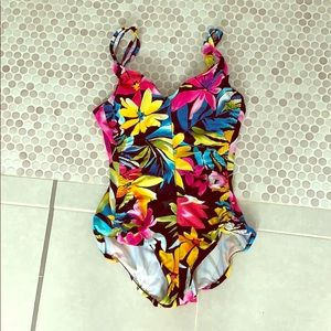 Maxine of Hollywood one piece swimming suit 8